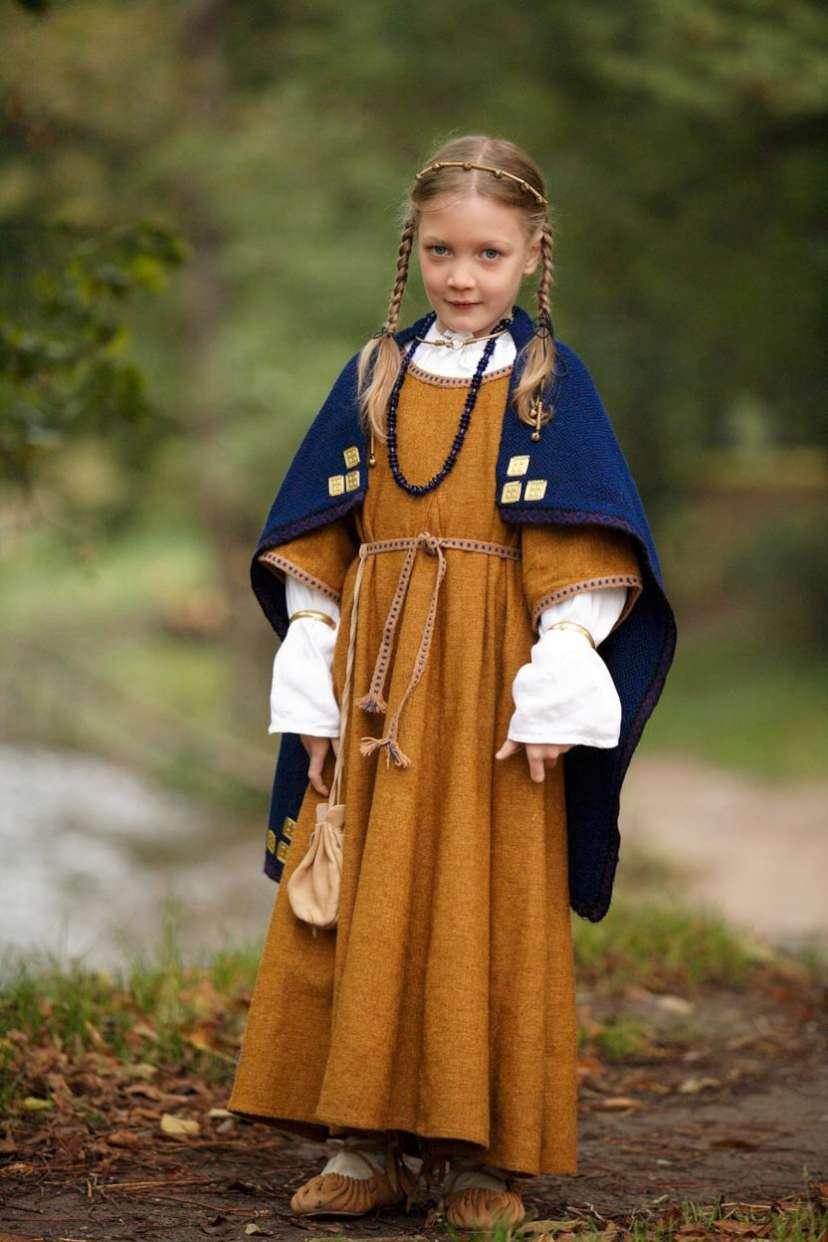 IX a. archeologiniai drabužiai | LLKC nuotr.