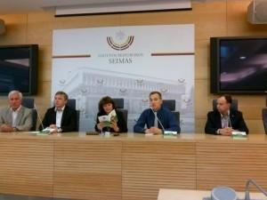 Iš kairės D.Kepenis, R.Karbauskis, R.Baškienė, J.Dapšauskas, A.Veryga | organizatorių nuotr.