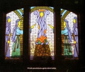 Deivė Gabija Karaliaus Ringaudo dvaro vitraže | rengėjų nuotr.