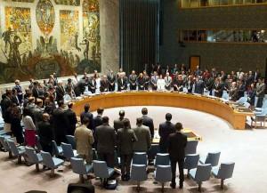 JT Saugumo tarybos nariai pagerbia tylos minute žuvusiuosius Malaizijos oro linijų lėktuvo keleivius | JT, L. Felipe nuotr.
