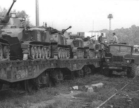 1993 metų rugpjūčio 31 dieną paskutiniai Rusijos kariuomenės likučiai paliko Lietuvą | respublika.lt