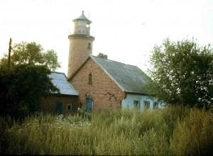 Rendės kaimo senasis švyturys Rendės iškyšulyje. 1990 m. rugpjūtis | M. Purvino nuotr.