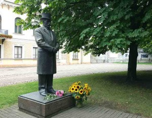 Prezidento Antano Smetonos paminklas Kaune | L.Milčiaus nuotr.