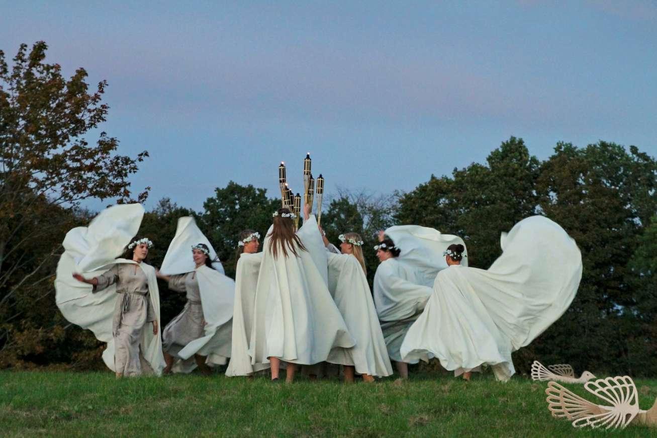 Pagramančio piliakalnis švytėjo baltus vienijančia ugnimi   rengėjų nuotr.