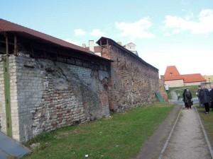 Vilniaus Subačiaus vartų gynybinė siena | D. Varnaitės nuotr.
