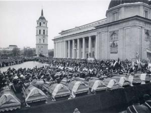 Sausio-13-osios-zuvusiuju-laidotuves-galerija.ktu.lt-nuotr-K100
