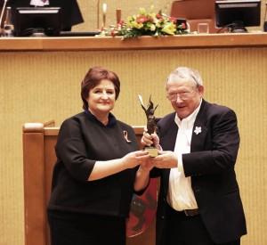 Adamui Michnikui iteikiama Laisvs premija.lrs.lt