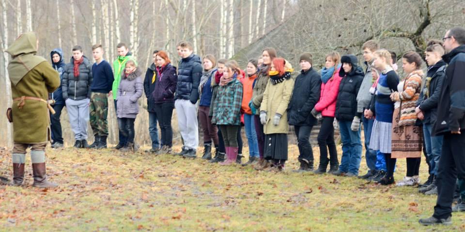 jaunimo-ramuvos-ziemos-stovykla (1)