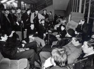 Laisvės gynėjai, pasiryžę ginti Lietuvos nepriklausomybę. Vilnius, 1991 m. sausis, Vilius | lrs.lt, V. Jasinevičius nuotr.