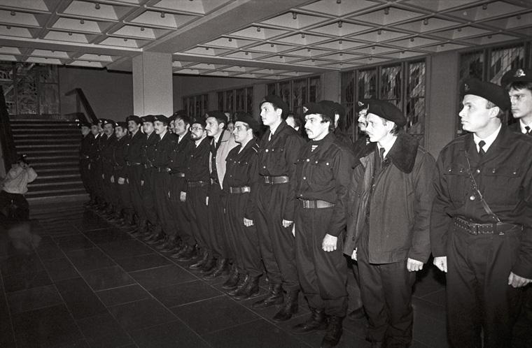 Seimo gynėjų priesaika 1991-01-11 | lrs.lt, A. Petrulevičiaus nuotr.