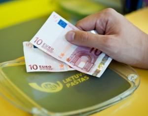 valiutos keitimas.pastas
