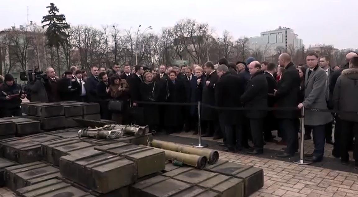 prezidente-kijeve-rusu-ginklai-stopkadras