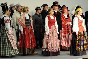 Tautiniu kostiumu kolekcijos pristatymas_LLKC nuotr
