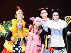"""Plungės kultūros centro vaikų ir jaunimo teatras """"Saula""""   organizatorių nuotr."""