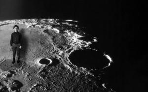 """""""Mėnulyje nėra mokyklų""""..."""