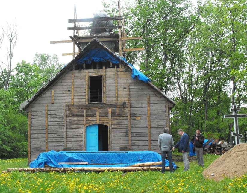 Restauruojama seniausia medine cerkve LT_Jono Volodko nuotr.-K100