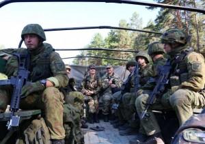 Lietuvos-kariai-tarptautinese-pratybose-ukrainoje-2014-KAM-nuotr-K100