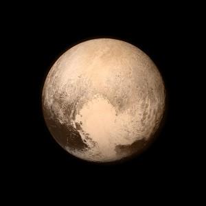 Plutonas 2015-07-13.(Rytoj turėtų pasirodyti pasirodys liepos 14 d. nuotraukos, kurios turėtų būti 10 kartų ryškesnės už šią nuotrauką) | NASA nuotr.