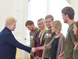 misija-sibiras-2015-dalyviai-su-prezidente-lrp.lt-r.dackaus-nuotr-K100