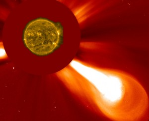 zybsnis-sauleje-2015-08-12-NASA-ESA-nuotr