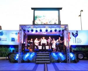 Naisiai – mažoji Lietuvos kultūros sostinė 2015 pristatymas Katedros aikštėje | Rengėjų nuotr.