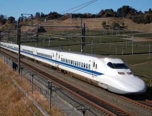 Japonijos greitieji traukiniai_wikimedija.org