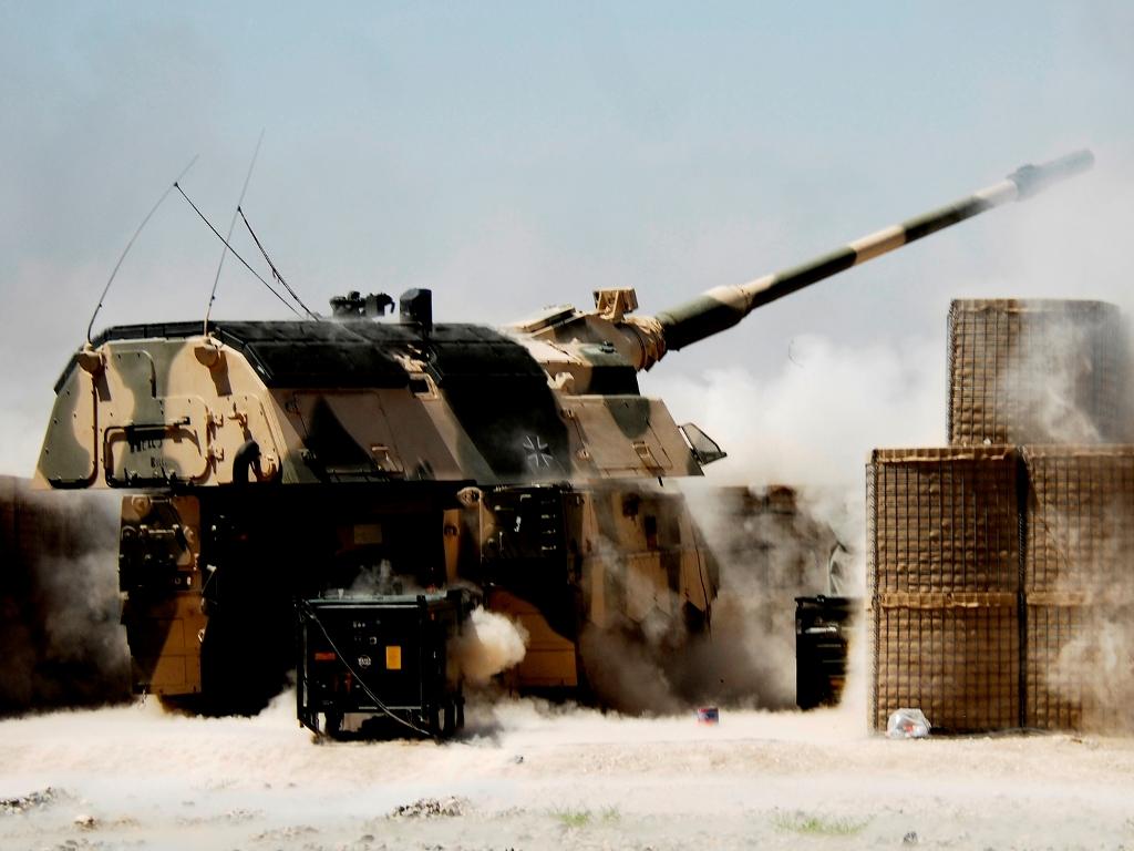 Savaeige-haubica-PzH2000-vokietijos-gynybos-ministerijos-nuotr4