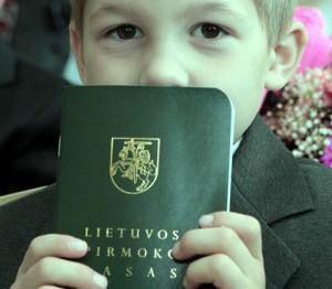 Lietuvos pirmoko pasas | smm.lt nuotr.