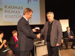 Apdovanojamas Osvaldas Daugelis nuotr_lrkm.lrv.lt
