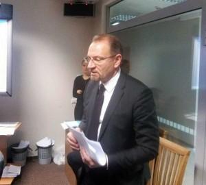 Pastovus Seimo lankytojas Saulius Galadauskas, atstovaujantis aludarius | J. Dapšausko nuotr.