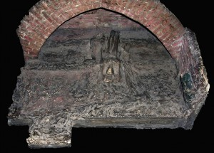 16 pav. B. Radvilaitės palaikų padėtis Karalių kriptoje. Maketo aut. B. Balzukevičius. 1931 m. lapkričio 1 d. (?). Nuotr. iš autoriaus archyvo, 2012 m.