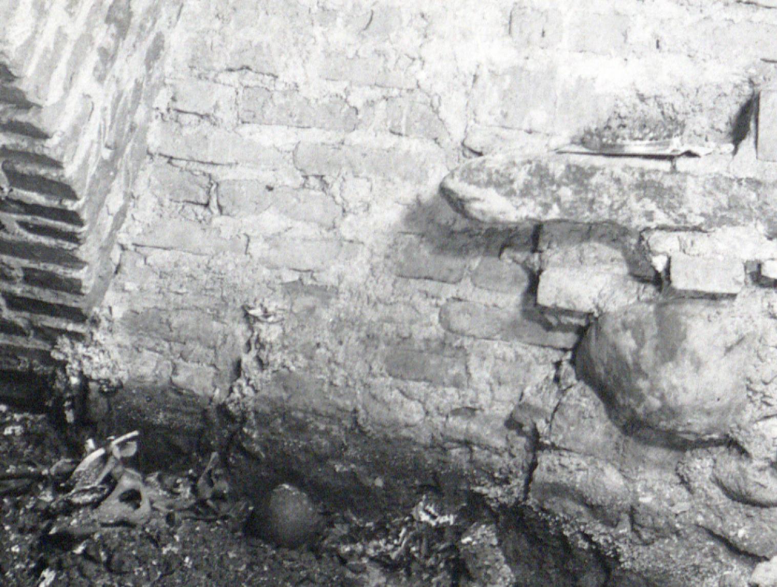 1 pav. Elžbietos Habsburgaitės palaikai ir insignijos. Nuotr. iš LVIA f.1135-3-308(1) (fragmentas)