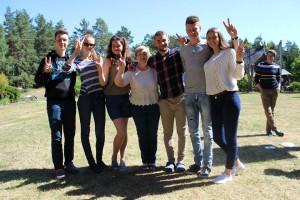 Mokytoja Liuda su mokiniais | Stovyklos akimirkos