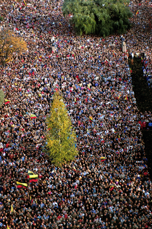 1988-10-09. Veliavos iskelimas. Kaunas s.p (16)