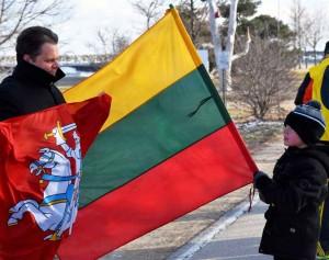 JAV lietuviai Sausio 13-ąją pagerbė bėgimu palei Mičigano ežerą | E. Lukoševičiaus nuotr.