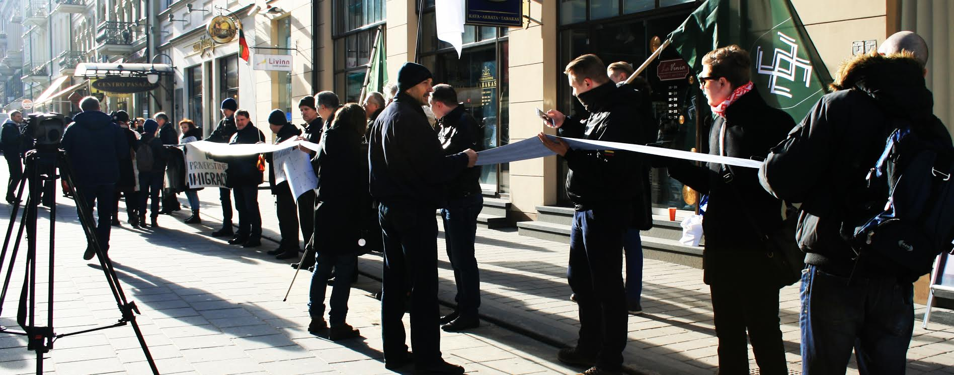 Lietuvos Vyriausybės kanceliarijai bus pristayta rekordinio ilgio peticija   ANI nuotr.
