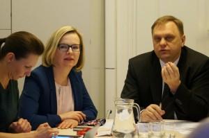 VMI viršininko pavaduotoja Vilma Vildžiūnaitė ir LVK prezidentas Valdas Sutkus