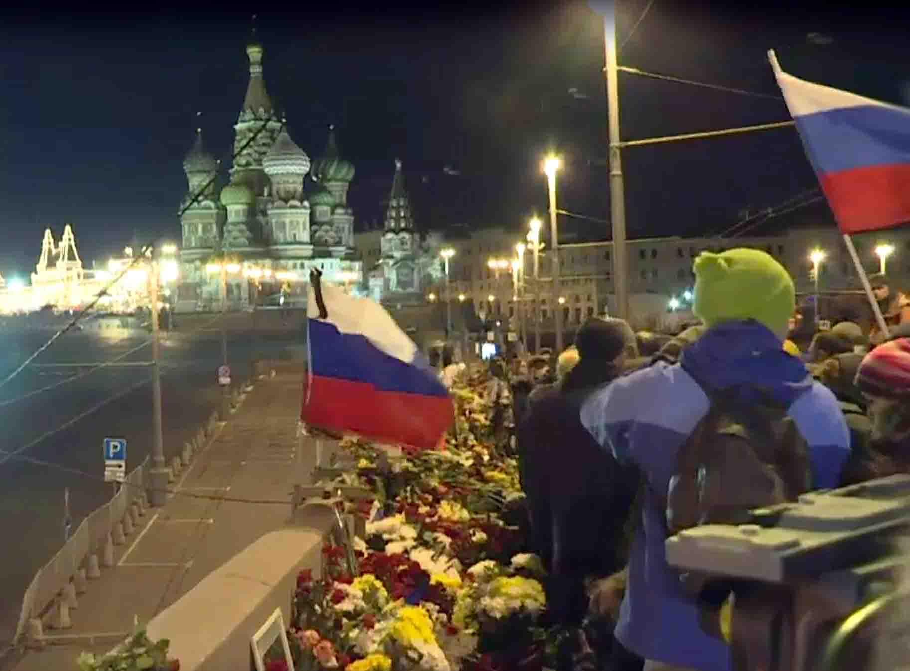 B. Nemcovo pagerbimo vakaras ant Didžiojo Moskvareckajos tilto | Alkas.lt, V. Gerasimovo nuotr.