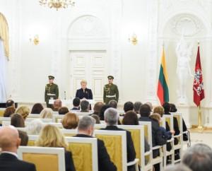 Prezidentė įteikė valstybės apdovanojimus už nuopelnus Lietuvai | lrp.lt, R. Dačkaus nuotr.