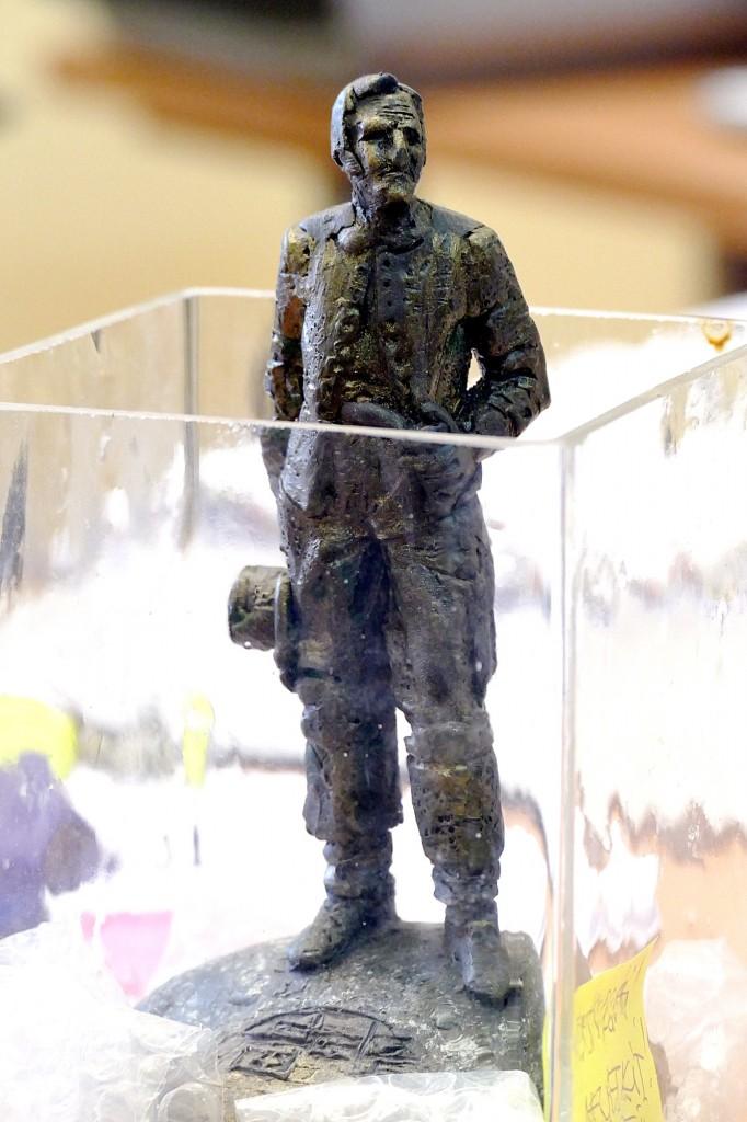 Plastilininis Regimanto Midvikio sukurtos Ernsto Berbomo skulptūros maketas_pamarys.eu