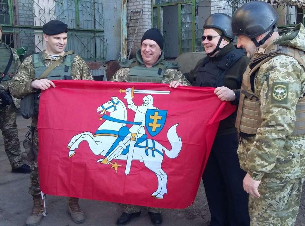 Глава МИД Литвы Линкявичюс посетил Авдеевку - Цензор.НЕТ 6242