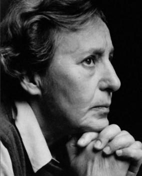 Ona Pajedaitė (apie 1980 m.) |autoportretas