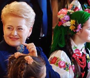 Prezidentė su Vilniaus krašto vaikais dažė margučius | youtube.com stop kadras