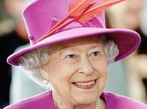 Karalienė Elžbieta II 2015m. | wikipwdija.org nuotr.