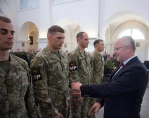 Krašto apsaugos ministras Juozas Olekas išlydi karius | kam.lt, A. Pliadžio nuotr.