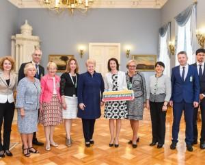 Pasaulio lietuviu bendruomene pas prezidente_lrp.lt