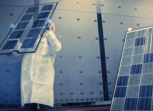 Saulės modulių gamybos procesas | viasolis nuotr.