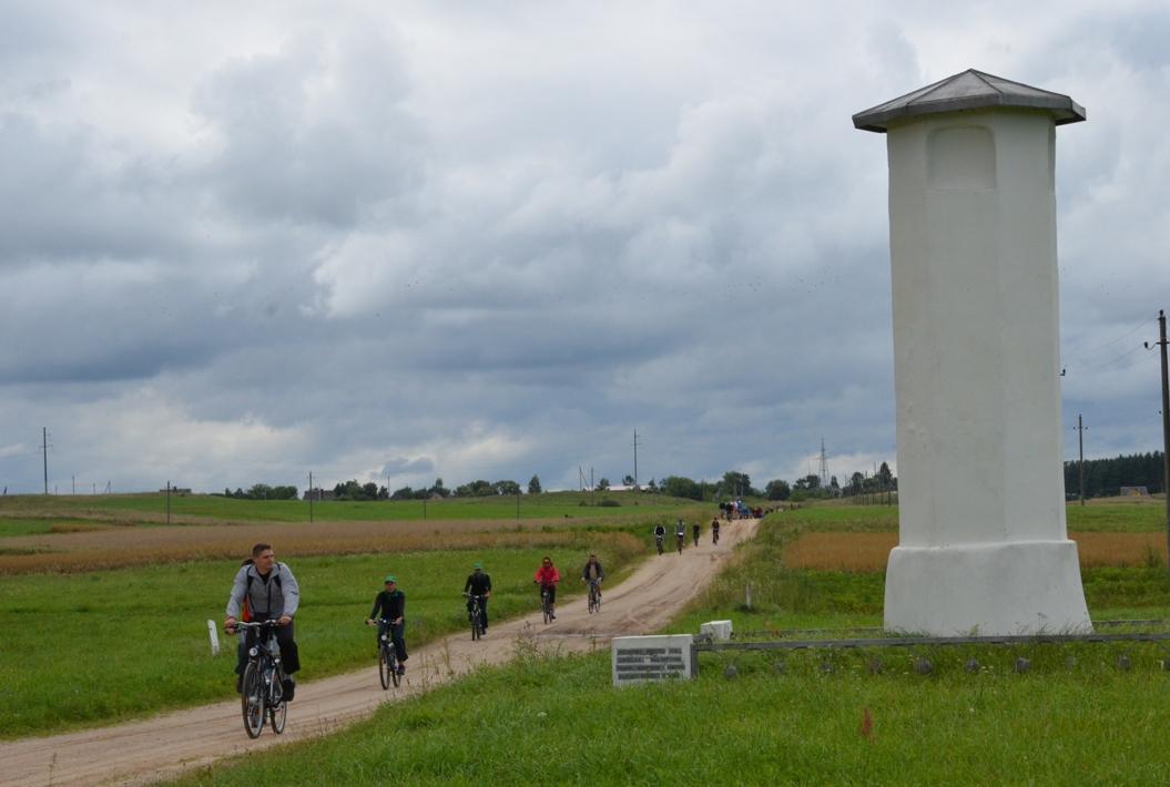 A.Cerniausko nuotr_Merkinės Magdeburgo teisių miesto stulpas prie senojo kelio į Kauną