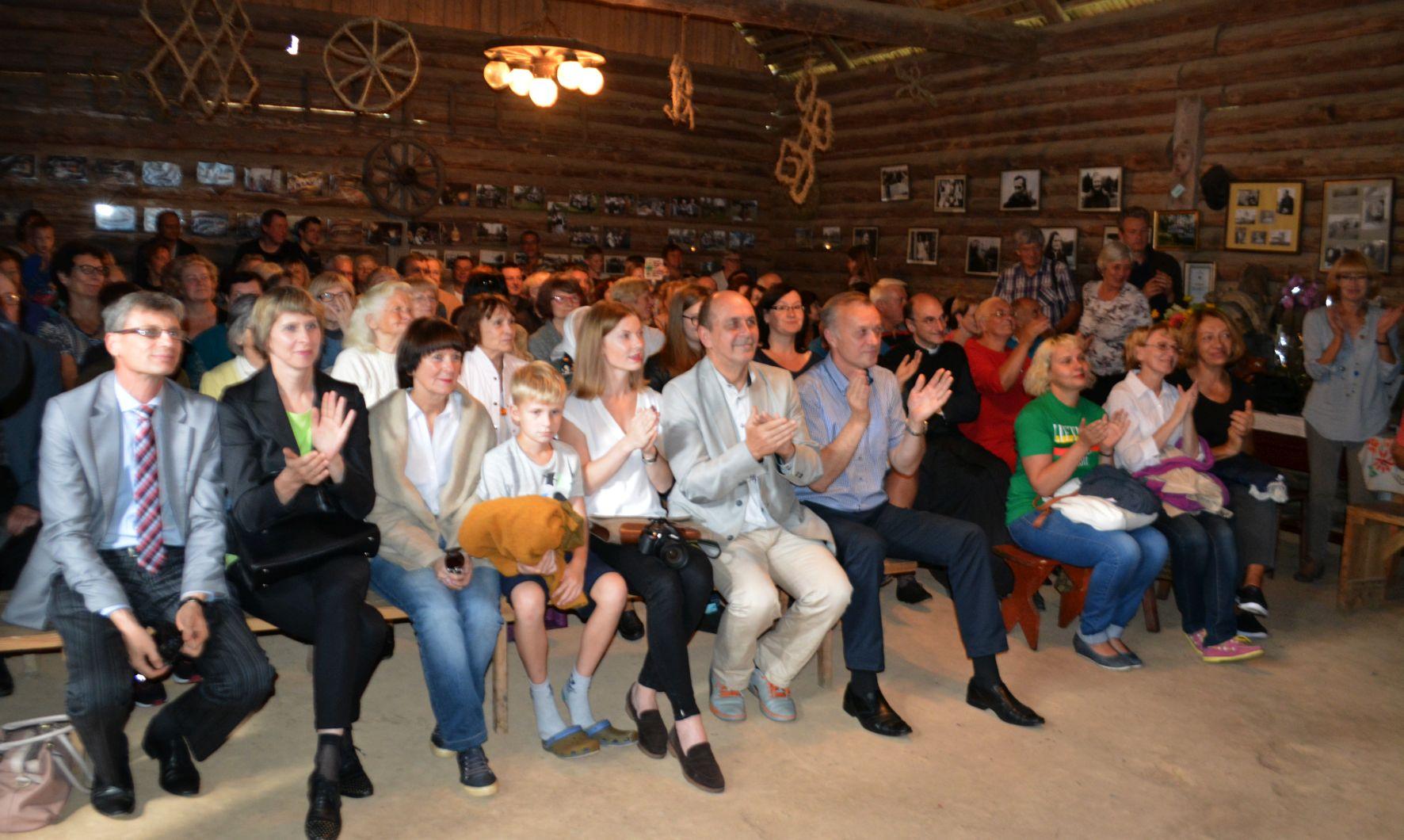 Margioniu-klojimo-teatras-ziurovai-rengeju nuotr.