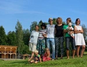 """Folkloro ansamblis """"Goštauta"""" tarptautinėje muzikos šventėje dalinosi lietuviškais papročiais   rengėjų nuotr."""